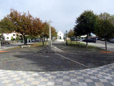 Largo e Capela S. Sebastião