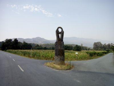 Estátua das 4 mãos